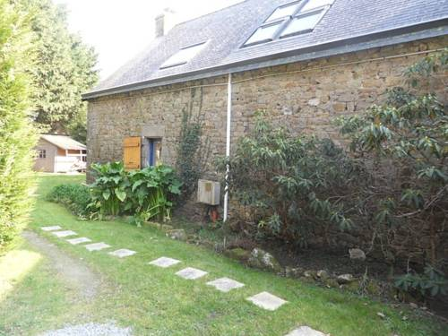 Holiday Home Alix : Guest accommodation near Guidel