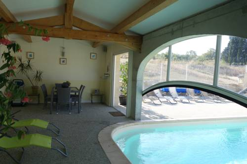 Gite du Combeau Julie : Guest accommodation near Saint-Maurice-d'Ibie