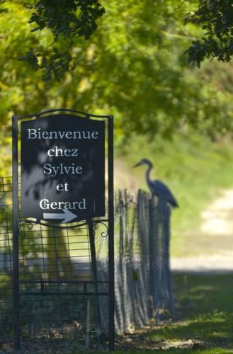 Domaine de la Cour : Guest accommodation near Angrie