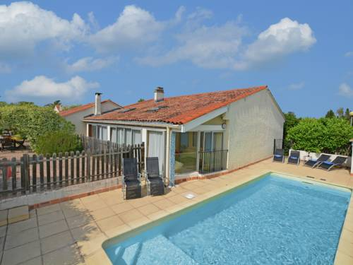 Villa Tourbes : Guest accommodation near Alignan-du-Vent