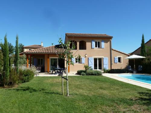 Villa Domaine Les Rives De L Ardeche 3 : Guest accommodation near Sampzon