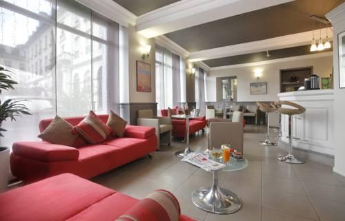 Qualys-Hotel de Gramont : Hotel near Pau
