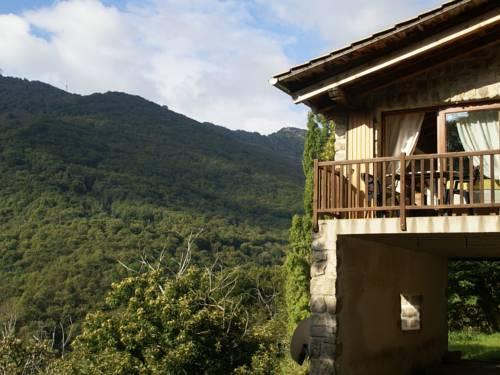 Maison De Vacances - Burzet 1 : Guest accommodation near Lachamp-Raphaël