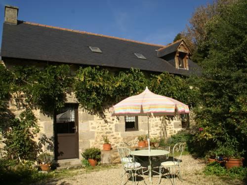 Maison De Vacances - Querrien 1 : Guest accommodation near Scaër