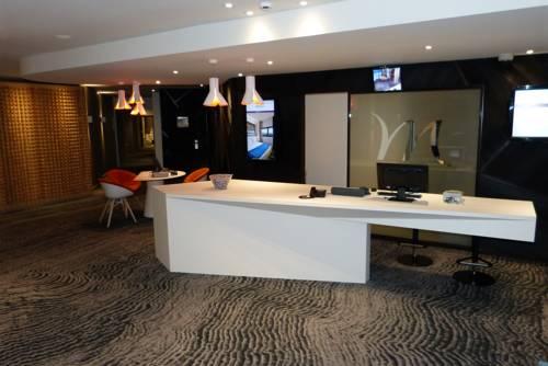 Mercure Grenoble Meylan : Hotel near Meylan