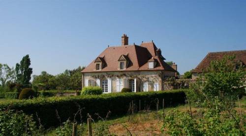 Domaine d'Aigrepont : Bed and Breakfast near Coulandon
