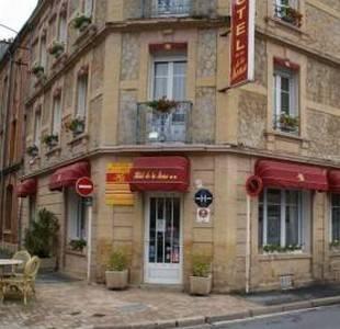 Hôtel de la Meuse : Hotel near Arreux