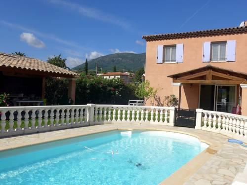 Villa Les Plans : Guest accommodation near Castagniers