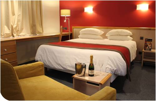 Hotel Du Commerce Spa : Hotel near Haute-Garonne
