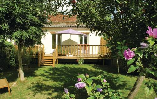 Studio Holiday Home in Tremolat : Guest accommodation near Alles-sur-Dordogne