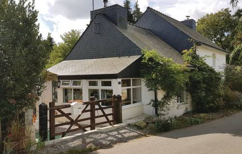 Two-Bedroom Holiday Home in Le Croisty : Guest accommodation near Berné
