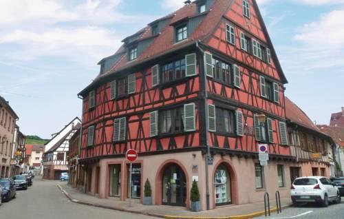 One-Bedroom Apartment in Molsheim : Hotel near Bas-Rhin
