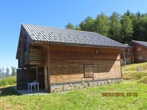 Chalet Loupagi : Guest accommodation near Saint-Disdier