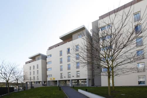 Appart'City Pontoise Cergy-Le-Haut : Guest accommodation near Cergy