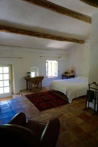 Le Hameau des Liesses : Bed and Breakfast near Saumane