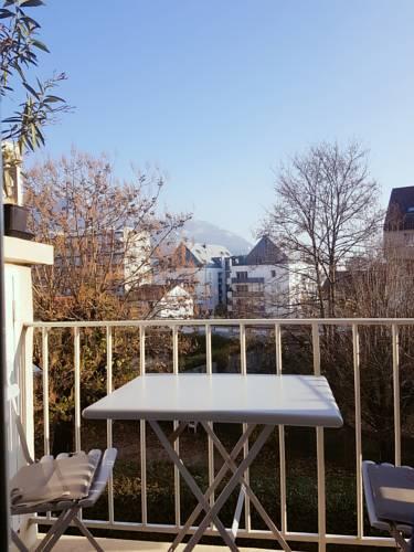 Appartement Centre Ville proche tram : Apartment near Fontaine