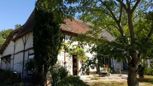 La Périgourdine - Chambres d'Hôtes : Bed and Breakfast near Montpon-Ménestérol