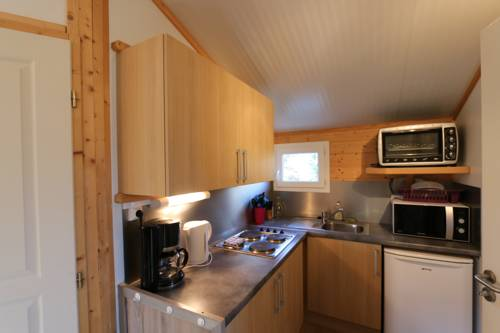 Chalets de la Plaine : Guest accommodation near Villebret