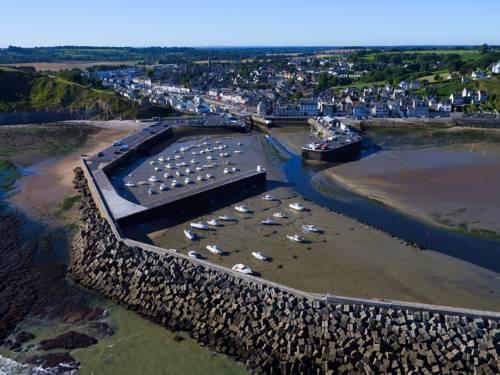 Port en bessin huppain map of port en bessin huppain 14520 france - King hotel port en bessin ...