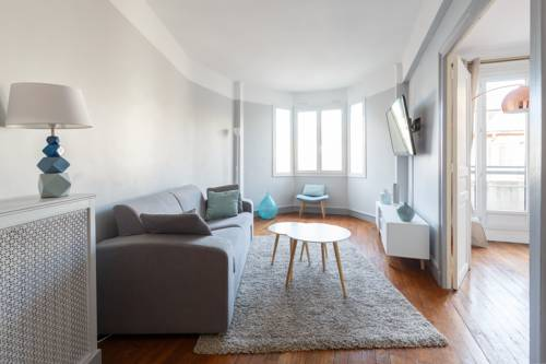 Ephimmo Marois 39 : Apartment near Boulogne-Billancourt
