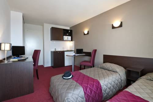 Aparthotel Adagio Access Paris Vanves - Porte de Versailles : Guest accommodation near Malakoff