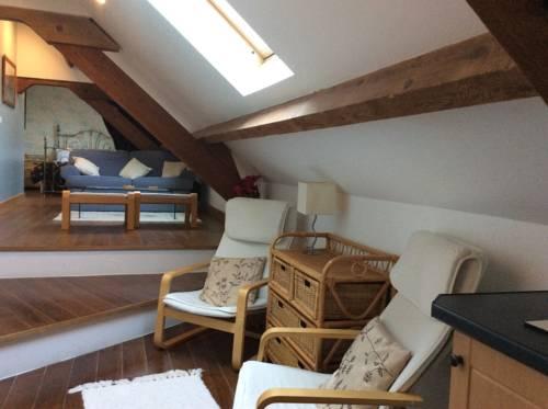 La Poire Grange : Bed and Breakfast near Villedieu-les-Poêles