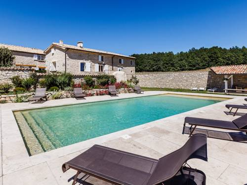 Holiday Home Aubignane Le Mas des Oliviers : Guest accommodation near Curel