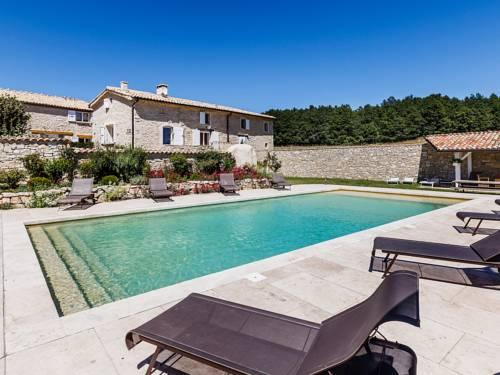 Aubignane La Grange D'Anthounin : Guest accommodation near Saumane