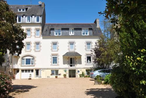 Logis Hermitage : Hotel near Perros-Guirec