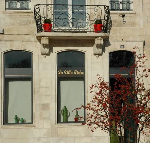 La Rochelle Apartments: HOTEL LA ROCHELLE : Hotels Near La Rochelle 17000 France