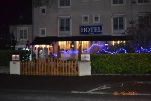 Hôtel Le Castel : Hotel near Charcé-Saint-Ellier-sur-Aubance