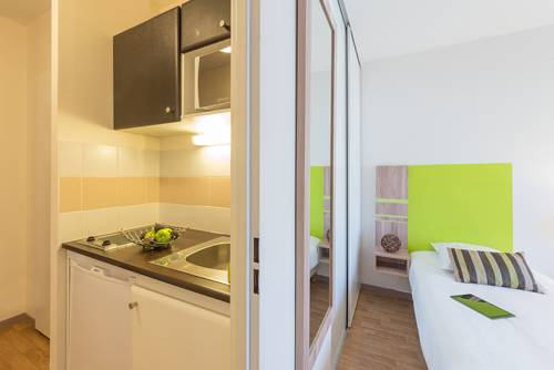 Appart'City Confort Nantes Centre (Ex Park&Suites) : Guest accommodation near Nantes