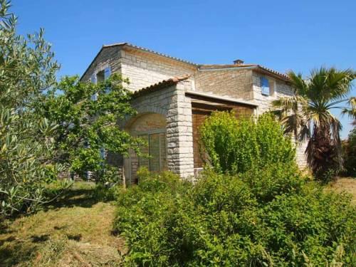Les Oliviers de Malatavernes : Guest accommodation near Orgnac-l'Aven