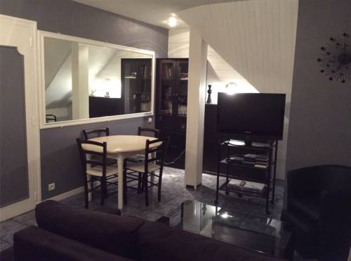 Cosy apartment : Hotel near Seine-Saint-Denis