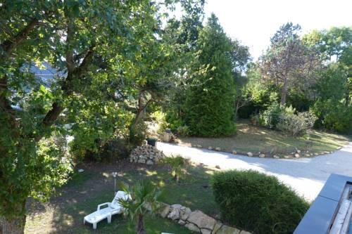 Longère Typique et son Parc : Guest accommodation near Arradon