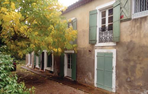 Studio Holiday Home in Saint-Genies-de-Fonted : Guest accommodation near Autignac