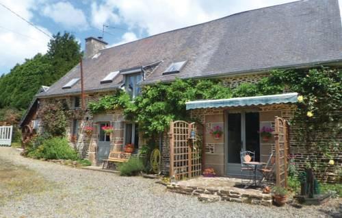 Studio Holiday Home in Les Loges Marchis : Guest accommodation near Saint-Hilaire-du-Harcouët