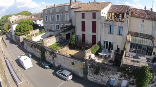 Les Terraces Sur La Dordogne Apartment Near Port Sainte Foy Et