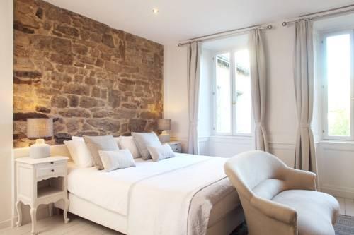 Chambres Aux Sabots Rouges : Bed and Breakfast near Guémené-sur-Scorff
