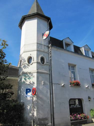 Hostel Du Roy : Hotel near Civray-de-Touraine