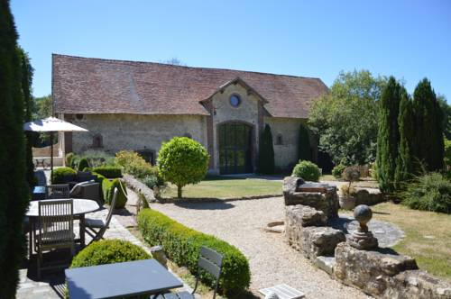 La Ferme de Bouchemont : Bed and Breakfast near Émancé