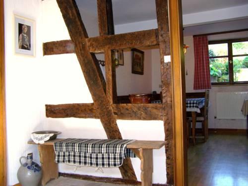 Gîte et Chambres d'hôtes Sabine Billmann : Bed and Breakfast near Crœttwiller