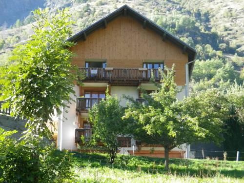 Chalet les Alpes : Apartment near Vénosc