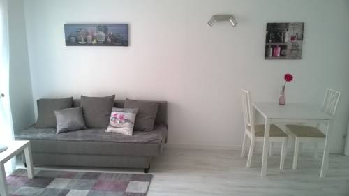 Clos Chantegrive : Apartment near Saint-Aubin-de-Médoc