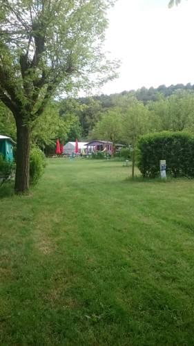 camping de la vallee du doux : Guest accommodation near Arlebosc