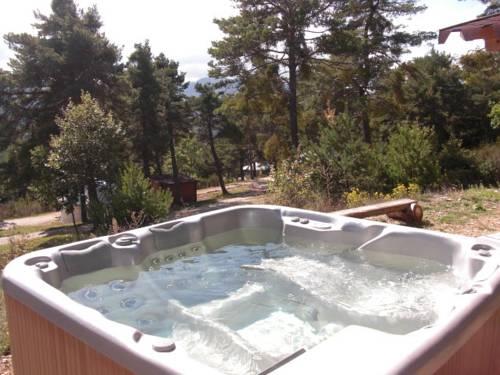 Destination Ailleurs : Guest accommodation near Peyroules
