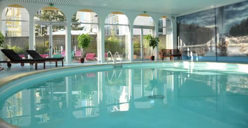 Mercure Paris Velizy : Hotel near Bièvres