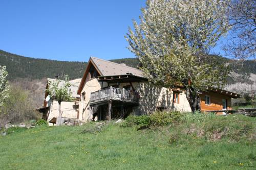 Gite d'Aliège : Bed and Breakfast near Châteauneuf-d'Entraunes