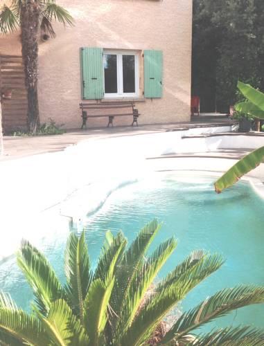 Appartement Les Ecureuils : Apartment near Assas