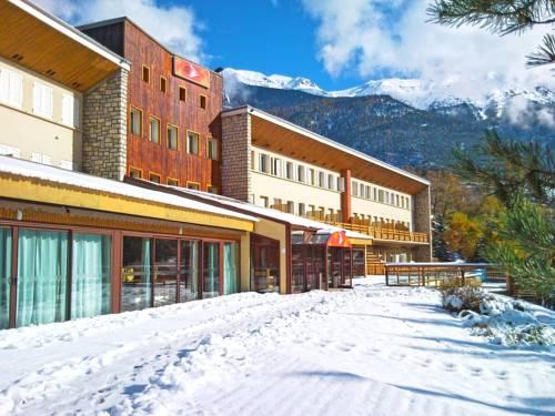 Village Vacances Passion Les 4 Saisons Resort & Spa : Guest accommodation near Saint-Chaffrey
